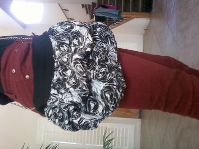 How to make a recycled bag. Old Skirt.. New Bag! - Step 4