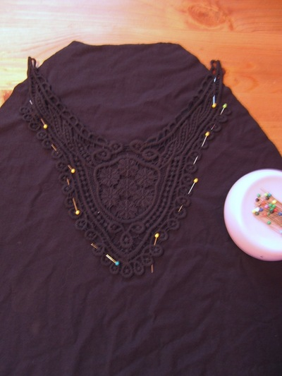 How to make an embellished dress. Adding A Crochet Applique To A Top/Dress - Step 2
