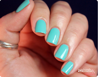 How to paint braided nail art. Lace Nail Art - Step 1