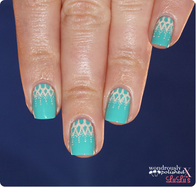 How to paint braided nail art. Lace Nail Art - Step 4