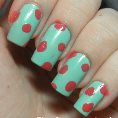 How to paint patterned nail art. Retro Roses Nail Art - Step 1