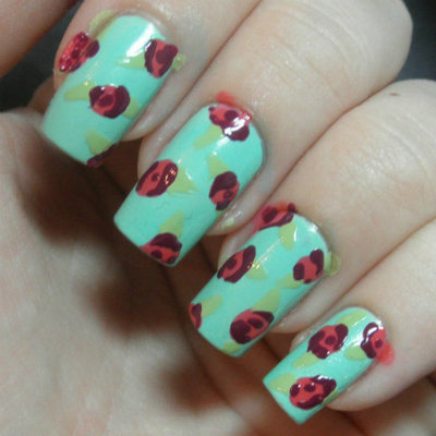 How to paint patterned nail art. Retro Roses Nail Art - Step 3