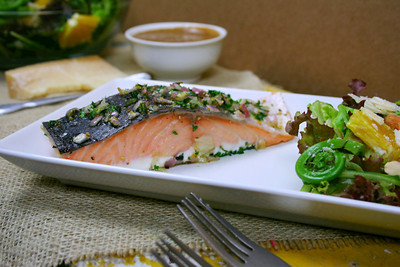 How to cook a salmon dish. Herbed Salmon - Step 4