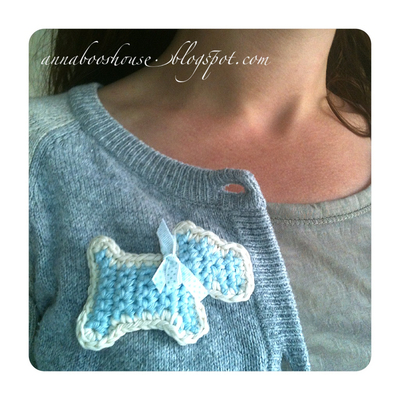How to sew a fabric animal brooch. Scottie Dog Brooch - Step 3