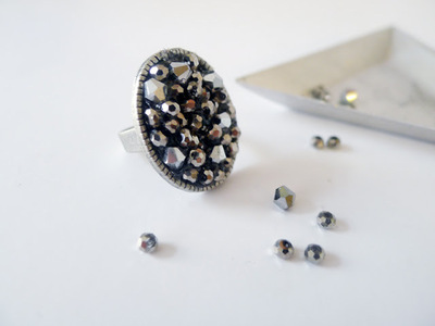 How to make a cabochon ring. Faux Druzy Ring  - Step 3