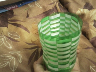 How to make a recycled bag. Basket From Soda Bottle! - Step 9