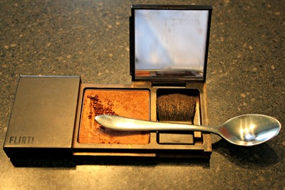 How to make a lip gloss. Make A Lip Palette - Step 4