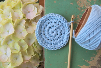 How to stitch a knit or crochet coaster. Crochet Coasters - Step 4