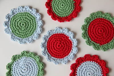 How to stitch a knit or crochet coaster. Crochet Coasters - Step 6