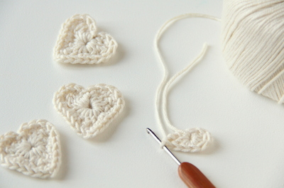 How to make a shape plushie. Crochet Heart - Step 3