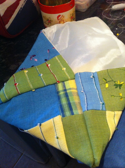 How to sew a patchwork pouch. Patchwork Makeup Pouch - Step 6