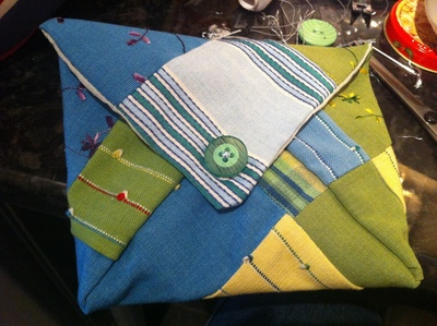 How to sew a patchwork pouch. Patchwork Makeup Pouch - Step 7