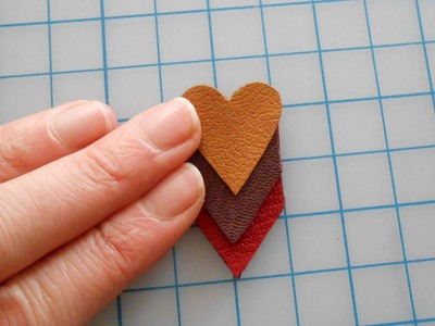 How to make a paper necklace. Chevron Heart Necklace - Step 11