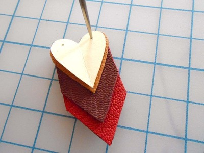 How to make a paper necklace. Chevron Heart Necklace - Step 12