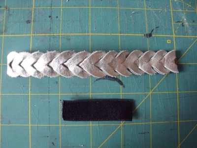 How to make a recycled hair clip. Spring Bling - Step 2