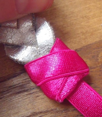 How to make a recycled hair clip. Spring Bling - Step 8