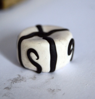 How to sculpt a clay cake. Nightmare Before Christmas Inspired Charm/Pendant - Step 5