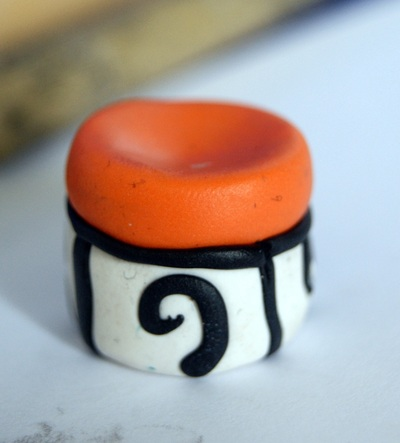 How to sculpt a clay cake. Nightmare Before Christmas Inspired Charm/Pendant - Step 6