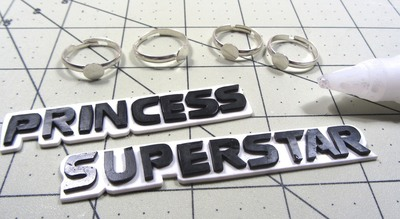 How to make a plastic ring. Princess Superstar Knuckle Rings - Step 10