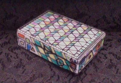 How to make a box. Sharpie Covered Container - Step 1