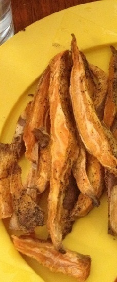 How to cook sweet potato fries. Baked Sweet Potato Fries  - Step 4