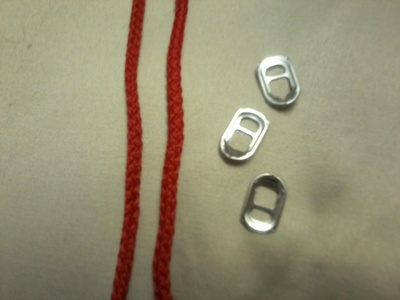 How to make a pop tab bracelet. Bracelets From Soda Can Tabs - Step 7