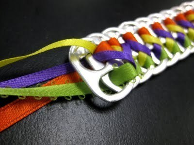 How to make a pop tab bracelet. Bracelets From Soda Can Tabs - Step 12