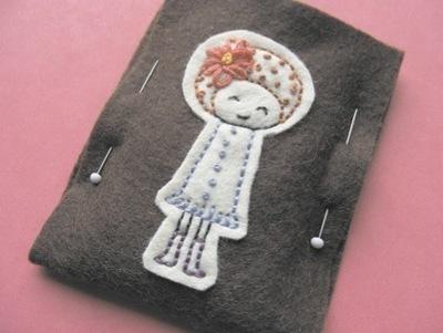 How to stitch an applique pouch. Gizmo Cozy - Step 10