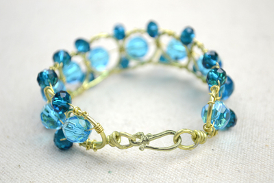 How to make a wire bracelet. Wire Bracelets Diy A Personalized Jewelry For Mothers  - Step 11