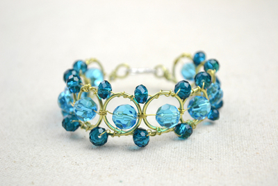 How to make a wire bracelet. Wire Bracelets Diy A Personalized Jewelry For Mothers  - Step 12