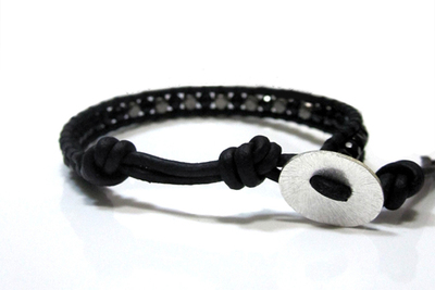 How to braid a braided bead bracelet. Craft Diy Projects   Cool Bracelets For Guys  - Step 4