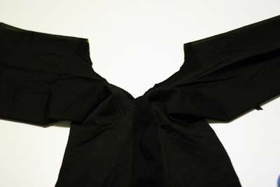 How to make a recycled top. Diy Sheer (Pantyhose) Top - Step 5