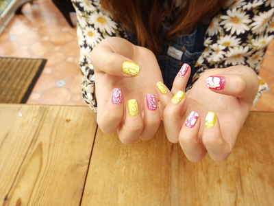 How to paint an embellished nail manicure. Candy Coated Nails - Step 5