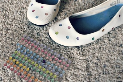 How to paint a pair of patterned shoes. Painted Polka Dot Flats - Step 1