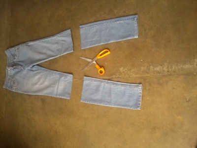 How to sew a fabric basket. Denim Basket (Up Cycle Old Jeans) - Step 1