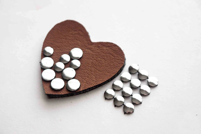 How to embellish a bejewelled brooch. Hand Crafted Jewelry Diy Brooch Out Of Leather And Round Studs - Step 2