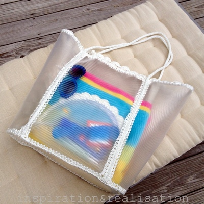 How to make a pouch, purse or wallet. Make A Transparent Cosmetics Clutch - Step 10