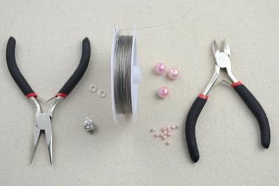 How to make a pearl bracelet. Diy Bracelets With Beads  Wavy Bracelet Crafts For Kids  - Step 1