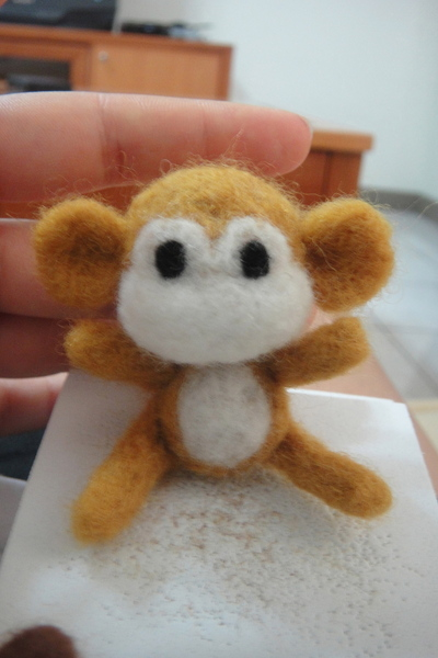 How to make a monkey plushie. Felted Monkey - Step 17