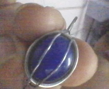 How to make a wire wrapped pendant. Stone Cage Pendent - Step 4