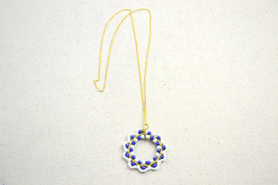 How to make a beaded pendant. How To Make Necklace Patterns With Beads - Step 6