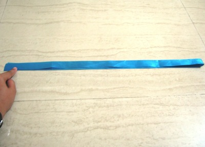 How to make a fabric bracelet. Satin Ribbon Rose - Step 2