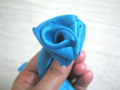 How to make a fabric bracelet. Satin Ribbon Rose - Step 10