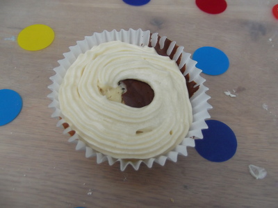 How to bake a cookie cupcake. Cookie Cuppycakes - Step 19