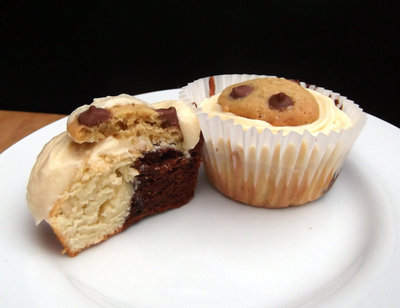 How to bake a cookie cupcake. Cookie Cuppycakes - Step 21