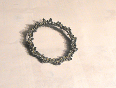 How to make a cameo. Elegant Lace Frame Brooch - Step 1