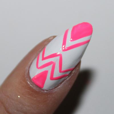 How to paint a geometric nail manicure. Neon Geometric Nails - Step 6