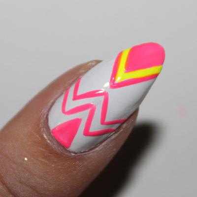 How to paint a geometric nail manicure. Neon Geometric Nails - Step 8