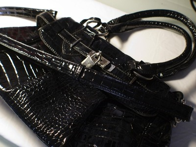 How to make an embellished tote. Customized Tote - Step 1