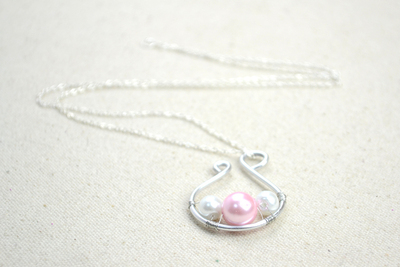 How to make a wire necklace. Handmade Jewelry Designs Simple Yet Dignified Pearl Pendant Necklace - Step 4